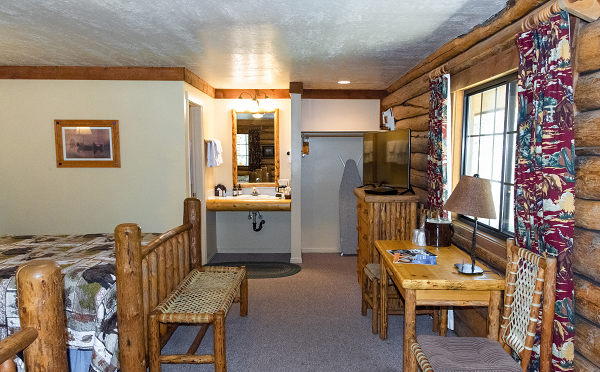 Image for Queen Cabin